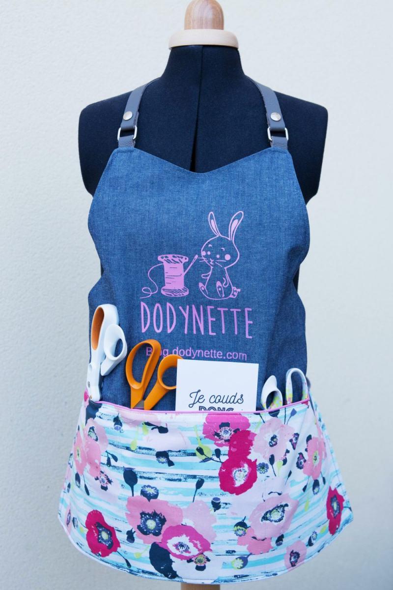 Le Tablier Multi Poches Du Creatif Les Tutos Couture De Dodynette