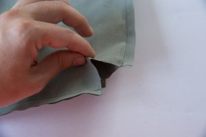 fermer les angles d'un ouvrage tuto couture dodynette